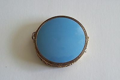 Lovely Vintage Baby Blue Enamel & Mesh Compact