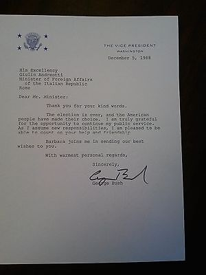 Signed George H.W. Bush 1988 letter. Great content to Italy re: his election