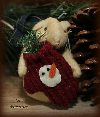 Fabric Christmas Mouse w/ Snowman Mitten
