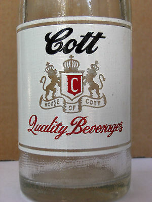 COTT Quality Beverages, 7 oz., 1955, 3-colorACL.  Manchester, NH