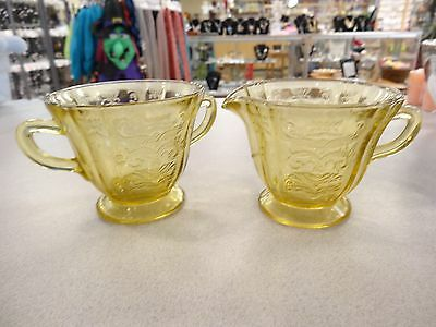 Yellow Depression Ware Creamer & Sugar Bowl Set - Madrid Pattern FEDERAL 1930'S