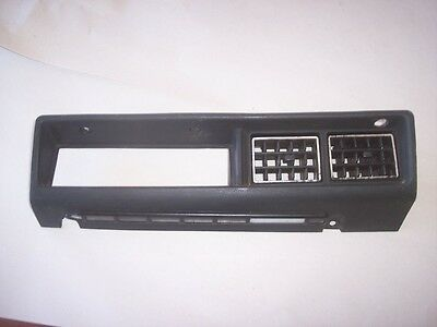 79-83 Datsun 280Zx Black Dash A/C Heat Controls Bezel With Great Vents Turbo Na