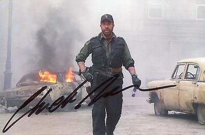 Photo de Chuck Norris signature autographe E3!!!!!!!!!!!!!!!!!!!!!!!!!!!!!!!!!!!