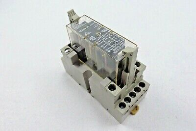 Omron G7S-4A2B Relay with Base P7S-14F-END