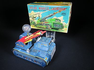 SUPER RARE VINTAGE LARGE ATLAS MISSILE LAUNCHER TANK SPACE TOY with O/B NS JAPAN