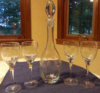 """Vintage Etched 16"""" Glass Decanter and 4 Wine Glass Set"""