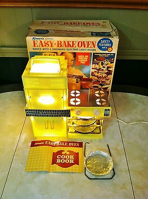 1963 Kenner Easy Bake Oven in box working vintage toy early baking