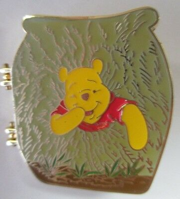 Disney Trading Pin - Winnie the Pooh Stuck in Hole Hinged Magical Musical #16199