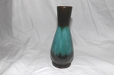 """BLUE MOUNTAIN POTTERY BMP 6"""" ROSEBUD VASE - Made in Canada"""