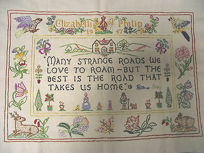 BEAUTIFUL VINTAGE HAND EMBROIDERED SAMPLER PATIENCE STRONG 1947 ELIZABETH PHILIP