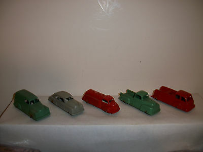 VINTAGE TOOTSIE TRUCKS / LOT OF 5