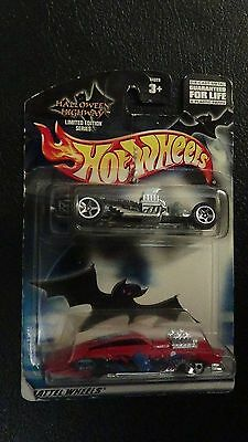 Hot Wheels 2002 Halloween Highway 2 pack Limited Edition Series (B12)