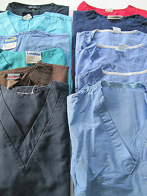 Lot Of 12 Scrub Tops  Size Sm  Unisex 6 Without Chest Pockets 6 With (Box 234