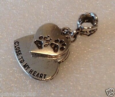 Bead/charm dangle European clip on pet loss cat dog paw prints on my heart CN101