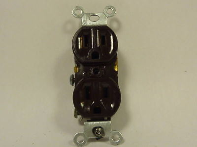 Leviton Electrical Outlet 15A 125V CHD3   NEW