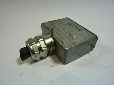 Contact H-A16T Plug Connector 250V  USED