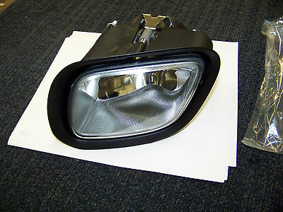 Freightliner Fog Lamp Assembly # A06-51908-000 New