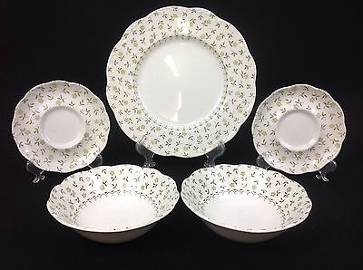 J & G Meakin 5-Piece Mixed Lot Forget Me Not Dinner Plate, Bowls, Saucers