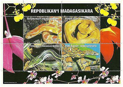 Madagascar Stamps 1999 Snakes and reptiles sheet of 4 stamps / MNH