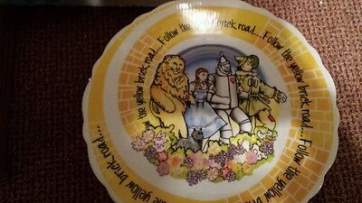 WIZARD OF OZ CAKEPLATE PAUL CARDEW CAKE STAND NEW IN BOX FOLLOW THE YELLOW BRICK