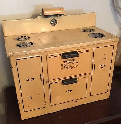 Empire 1940's Child's Toy Range Stove Electric Play Time Vintage Metal