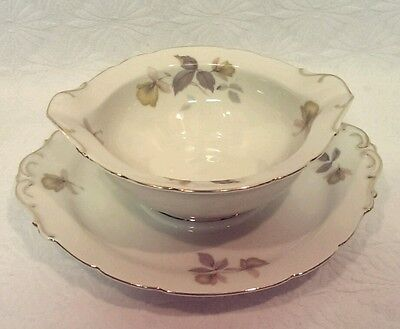 KPM ROYAL IVORY GERMANY  GRAVY BOAT DISH & ATTACHED UNDER PLATE