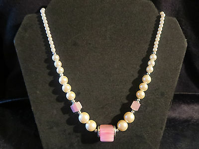 Vtg Chunky Graduated Faux Pearl/Pink Moonglow Lucite Necklace Old Fashion Clasp