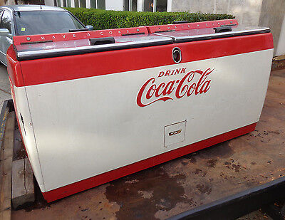 Antique Coca Cola Vending Cooler Machine circa late 40's-early 50's