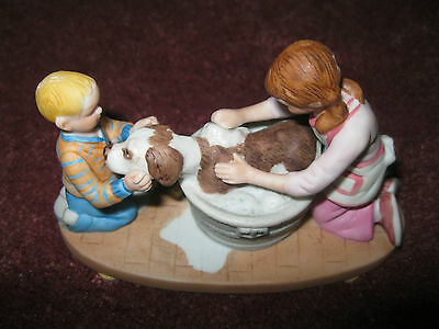 NORMAN ROCKWELL WASHING OUR DOG MINIATURE FIGURINE w/ ORIGINAL BOX