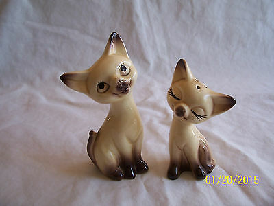 Vintage Siamese Cats Pottery Salt & Pepper Shakers Made in Japan - Cute!