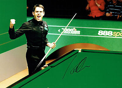 Ronnie O'SULLIVAN Signed Autograph 16x12 Photo World SNOOKER Champion AFTAL COA