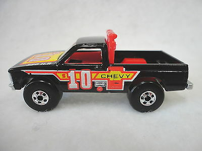 Hot Wheels, 1/64 Scale, Diecast Chevy S-10 Path Beater Pickup Truck
