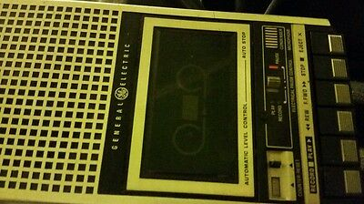 Vintage General Electric GE Cassette Recorder Player 3-5152B 3-Way Power Works