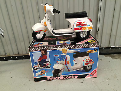 Feber vespa electric approximately 1: 3 scale vintage 80´s unused very dificult