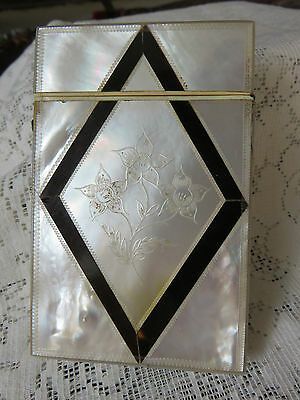 ANTIQUE VICTORIAN VISITING CARD CASE ENGRAVED FLORA MOP.HINGED-PUSH BUTTON LATCH
