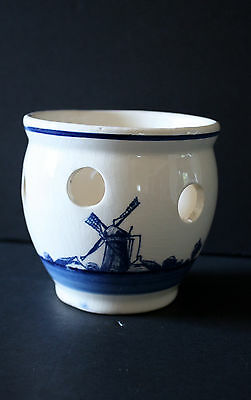 Delfts bulb flower pot white and blue ship windmill hand painted