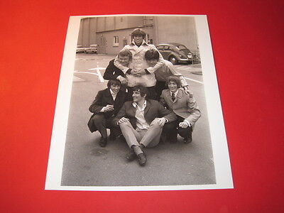 THE BEE GEES   10x8 inch lab-printed glossy photo P/2061