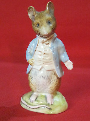 Beswick Beatrix Potter figurine Johnny Town Mouse Gold Oval BP2 mark