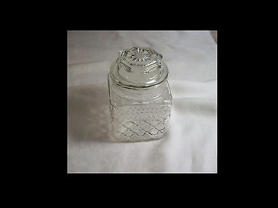 Vintage Anchor Hocking Glass WEXFORD pattern canister--EUC
