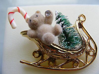 Vintage Style Christmas Santa Claus Sleigh Sled  Gold - tone Brooch pin