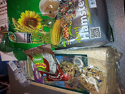 Hamster Food, Bedding And Treat Pack Ideal Starter Pack