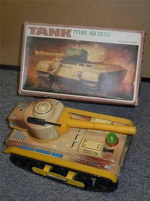 Vintage Batery Operated Tin Toy Military Army Tank ME 835 VGC W/Box Made China