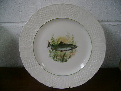 ?1982 BURLEIGH DINNER PLATE WITH A ?TROUT DECORATION