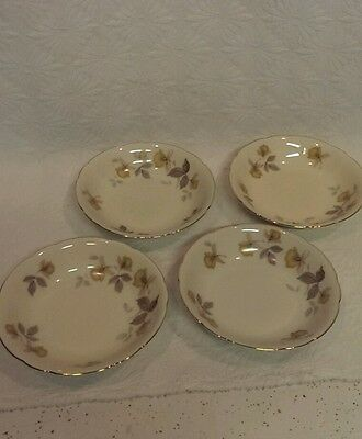 KPM ROYAL IVORY GERMANY SET OF 4 DESSERT BERRY BOWLS