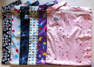 1 x Large Waterproof Baby Wet Bag 30cm x 40cm for Cloth Nappies, Books, Swimmers