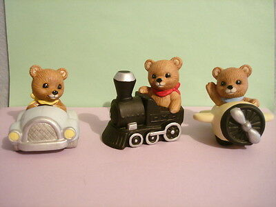 Travel bears by HOMCO LOT Airplane Car Train Figures