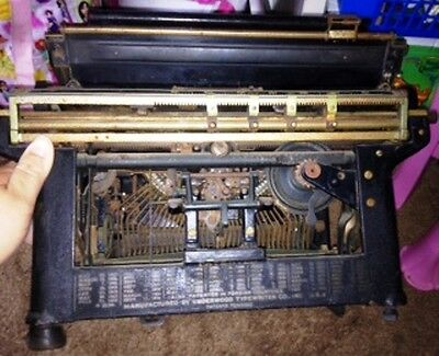 Underwood Standard Typewriter No. 4
