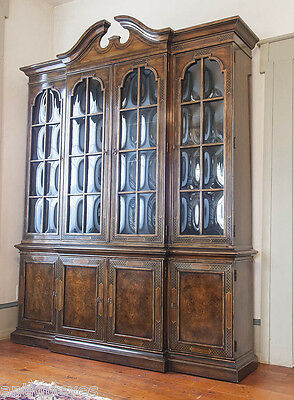 GREAT Heritage Chippendale CHINESE CHINOISERIE Breakfront Bookcase China Cabinet