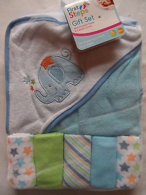 HOODED BABY TOWEL AND 5 WASHCLOTHS  Elephant