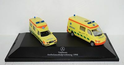 Mercedes-Benz Vakbeurs Ambulancehulpverlening 1998 Set 1:87 in PC (R1_3_14)